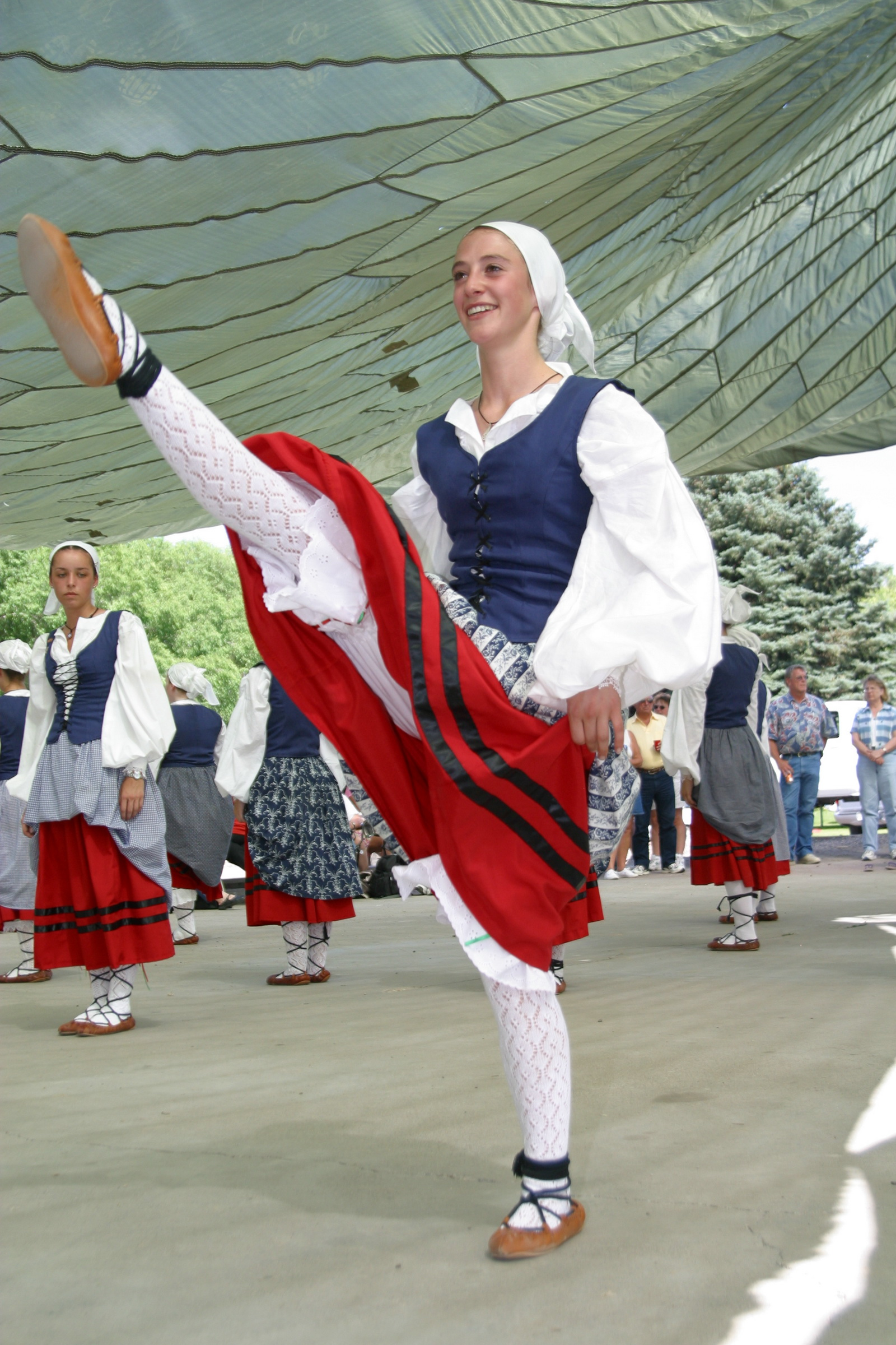 Elko Arinak Dancer